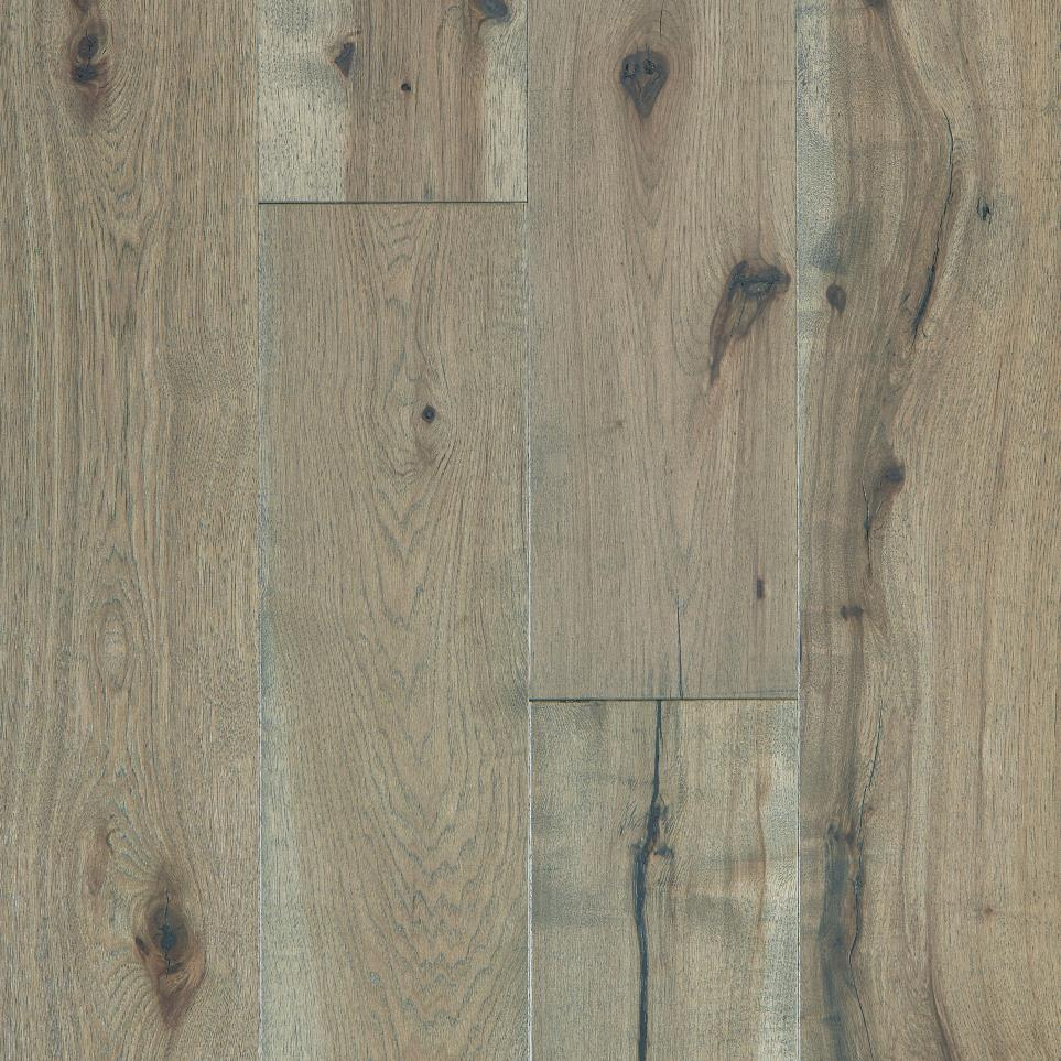 Hazelbaker - Sliced Hickory by Floorcraft Heritage - Parsee